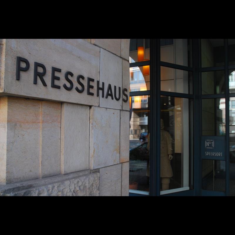 Der Speersort — wo die Hamburger Zeit haben