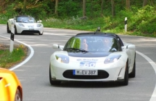 Rückkehr der Tesla Roadsters - Startnummer 23, 60 und 61